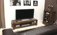 Telewizor na stoliku